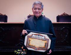 Matemático do Impa é agraciado com título de Doutor Honoris Causa da UFPR